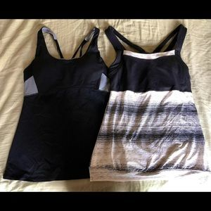 Athleta tank tops with built in bra small